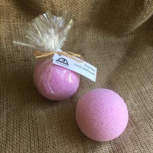 First Kiss Luxury Bath Bomb